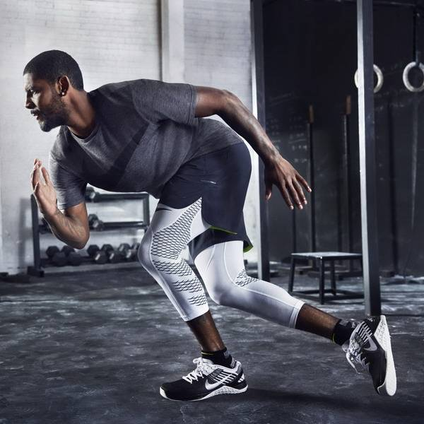 Kyrie_Irving_NTC.Nike_Metcon_DSX_Flyknit1_square_1600_resize