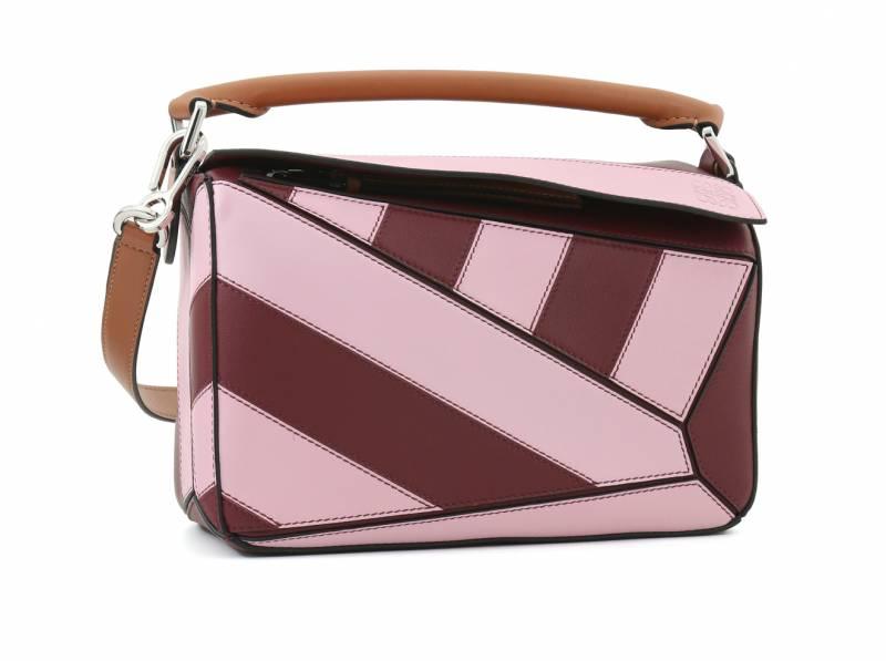 LOEWE粉紅色拼接手袋 ,475(原價,950)