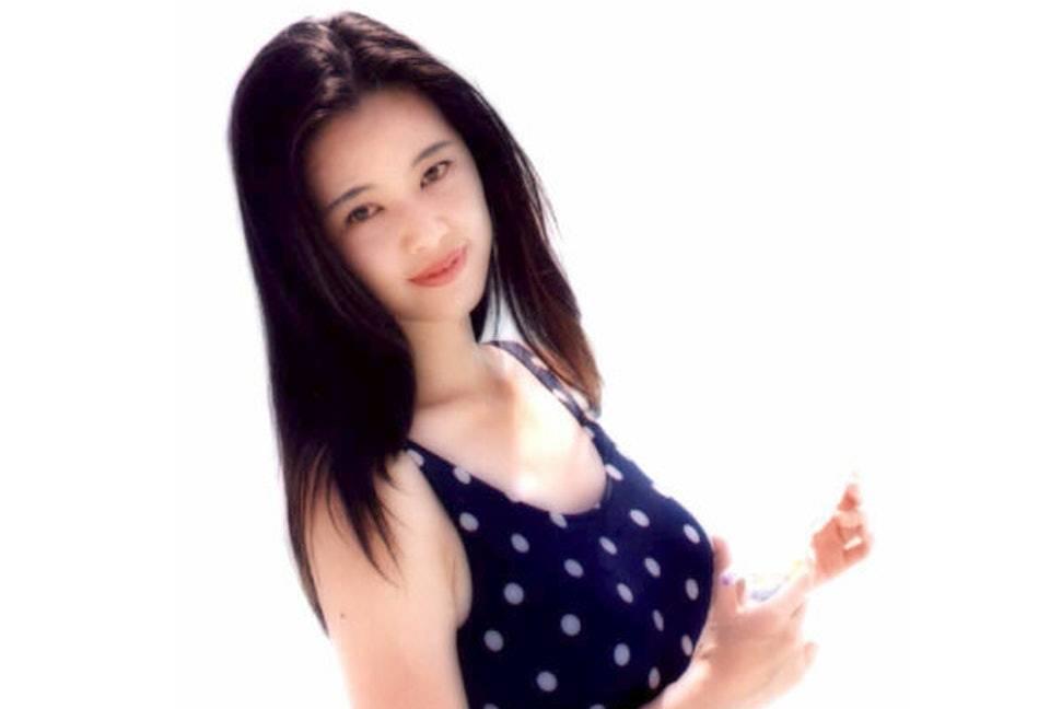 51歲王馨平留家抗疫晒靚屋夜景 「寶麗金小花」青澀舊照現女神氣質