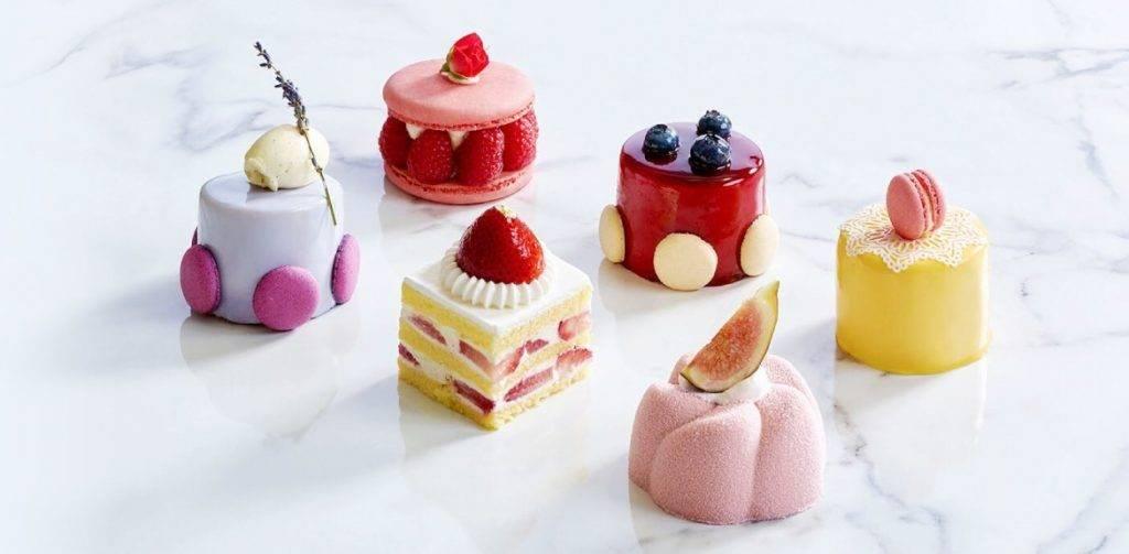 還有一系列精美的糕品甜點。