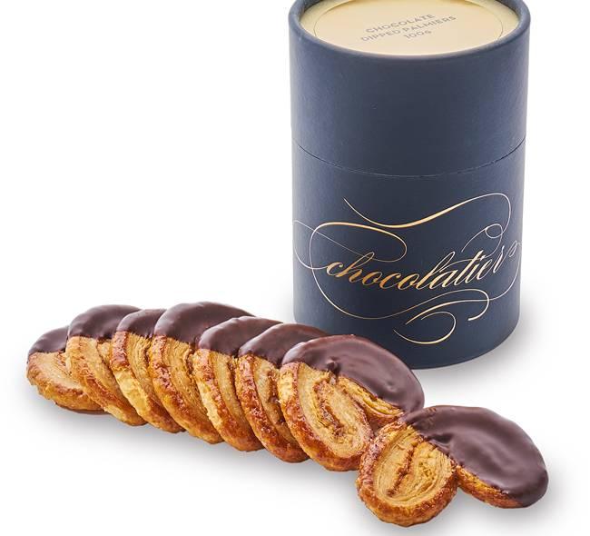 朱古力蝴蝶酥8焦糖脆皮蝴蝶酥沾上濃厚的朱古力,酥脆可口。