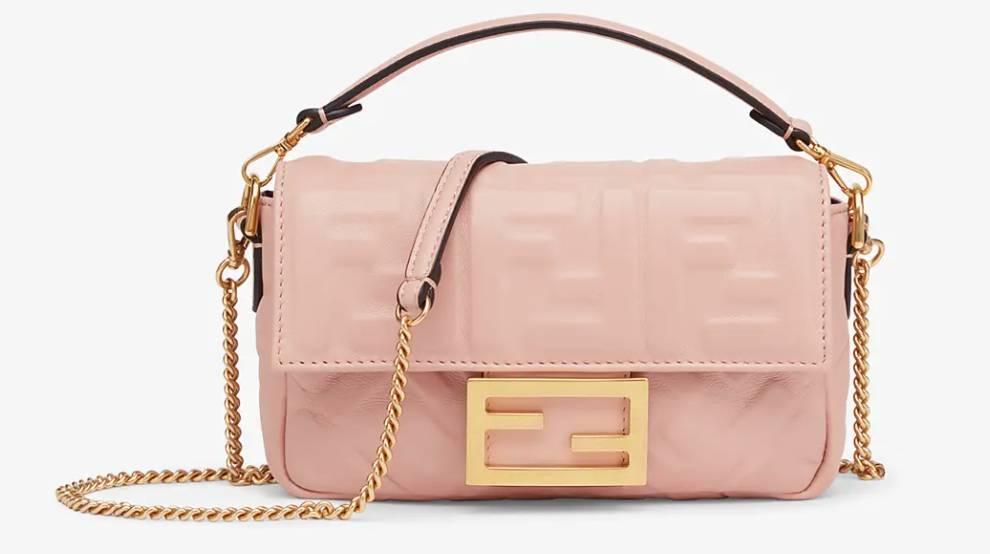 Fendi BaguettePink nappa leather bag ,800(圖片來源:Fendi官網)