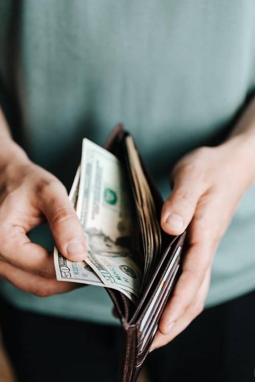 美國心理學家教路!放呢樣喺銀包,簡單一步即可幫助你慳錢!