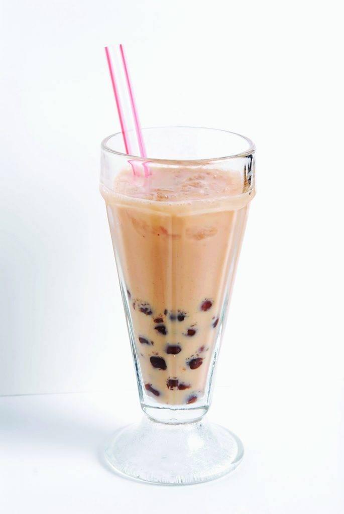 「奶底」珍珠飲料含更多飽和脂肪,經常飲用有機會增加患上心血管疾病的風險。(圖片來源:新傳媒資料室)