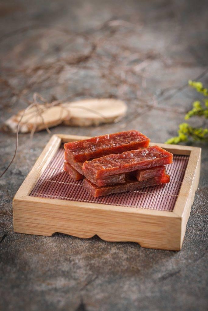 烤豬肉乾充滿果香的豬肉乾經過高溫燻烤後,肉汁豐腴Juicy。