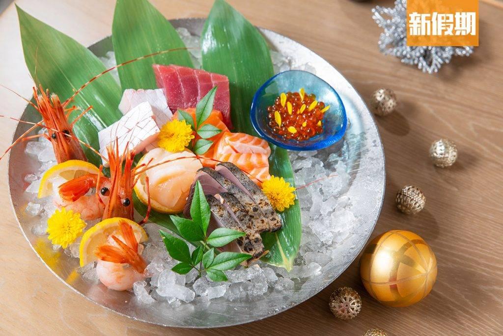 如三文魚、吞拿魚、鯖魚等天然魚類也有維他命D