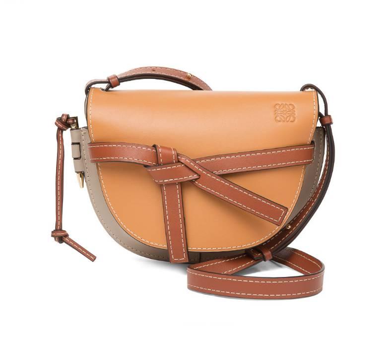 溫柔復古霧啡色手袋1.LOEWEGate Small Bag ,650(圖片來源:品牌官網)