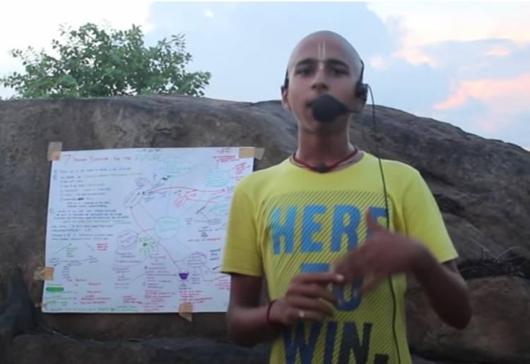 11月上旬,印度14歲占星神童阿南德(Abhigya Anand)公布了一條名為《SOLUTIONS FOR THE FUTURE 》的影片,提出方案助人類度劫難!(圖片來源:YouTube@Abhigya Anand)