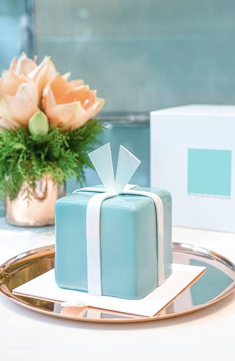 The Blue Box Celebration Cake8(供5-8位享用)