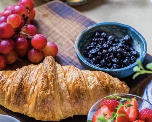 巴西莓最容易買到為粉狀的補充劑,亦被稱為地球上最健康的超級食物(Superfood)之一。