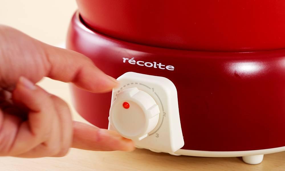 電鍋設3階段温度控制。