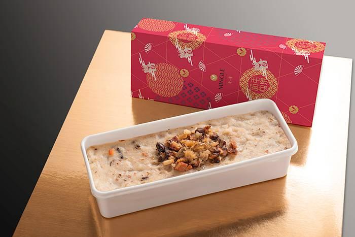 嚴選優質蝦米、臘味、瑤柱配以清甜蘿蔔,加入岩鹽提鮮,令蘿蔔糕的味道推上更高層次。