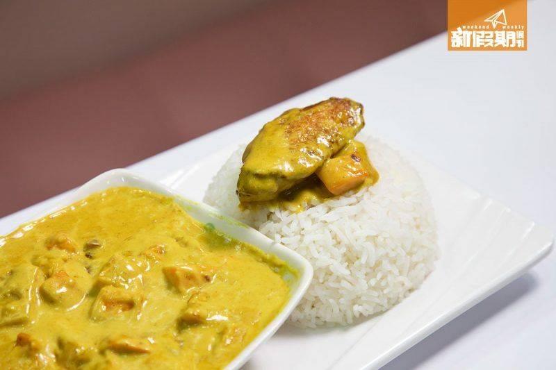 咖喱雞翼飯  食落咖喱充滿椰奶香,濃郁惹味,非常適合吃不到辣又想吃咖喱的客人。