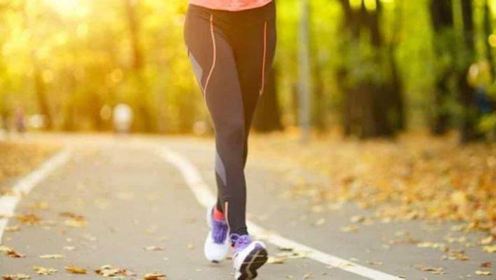 急步行1小時只能消耗約240千卡,約相等於一碗飯的熱量。