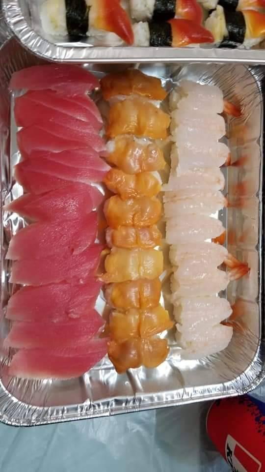 呑拿魚壽司 /件、赤貝壽司/件、牡丹蝦壽司 /件