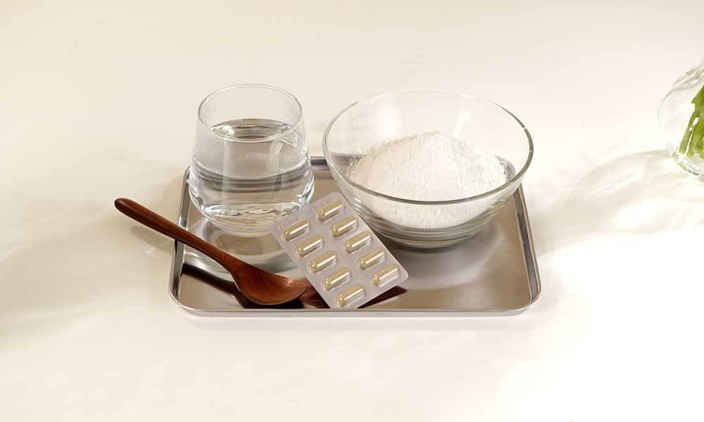 實驗二所需材料為清水及熱水、2匙木薯粉及2粒修腩素。