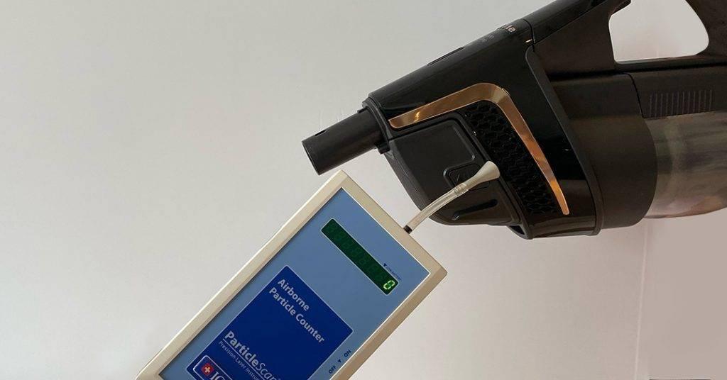用吸塵機最怕邊吸邊漏塵,Triflex 嘅HEPA 濾網嘅過濾效果高達99.999%^,用後實測排放出嚟懸浮微塵及粒子數目係零呀!