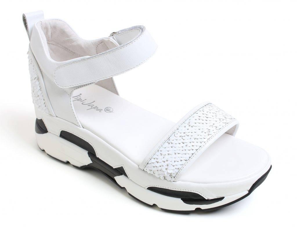 Jipi Japa 涼鞋 原價: 90 折扣價: 0