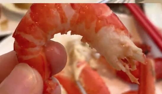 Yannie 認為凍蝦沒有甚麼味道,較失色