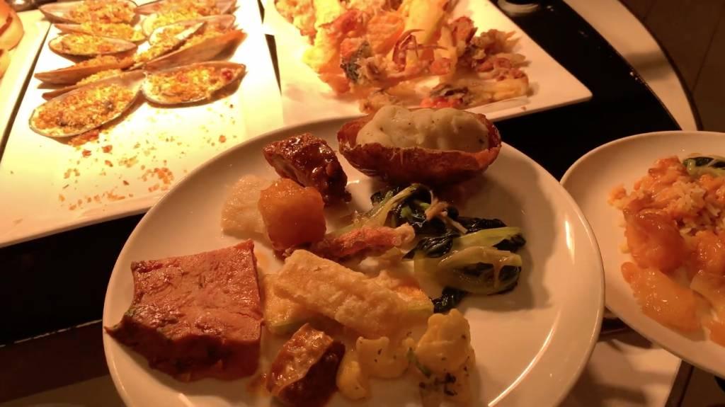 放蛇試食!香港愉景灣酒店自助餐 任食鮮甜蟹腳+日式刺身+高質甜品|自助餐放蛇 (新假期APP限定)