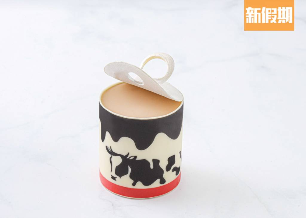 黑白淡奶  海鹽焦糖牛奶布甸,造型以黑白淡奶罐示人,相當趣緻。
