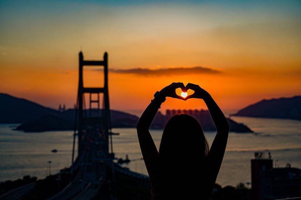青馬大橋3大影相靚位推介 馬灣海峽+無敵日落靚景 附拍攝小貼士  香港好去處