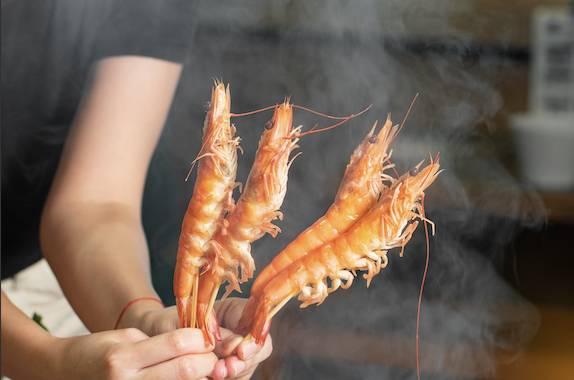 手串生猛海蝦食客更加追加食各種海鮮。(圖片來源:一鍋堂)