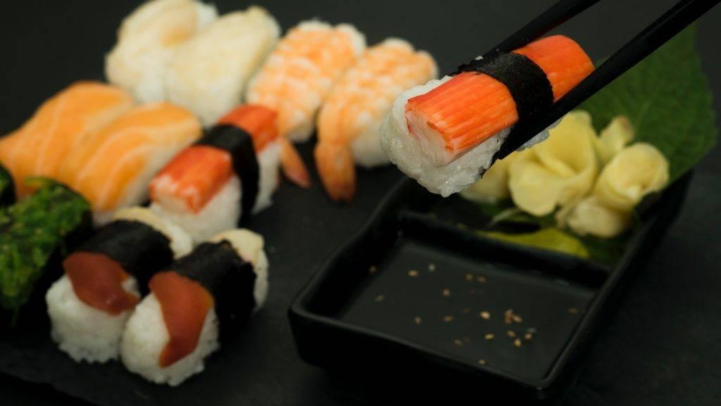 食物多以海鮮為主。(圖片來源:Pexels)