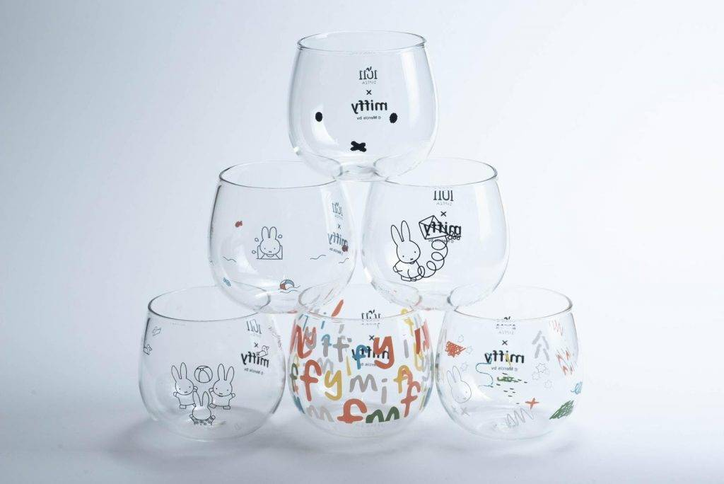 miffy果咖特飲+miffy盲盒玻璃杯(單隻隨機款)組合價:/組或miffy盲盒玻璃杯(單隻隨機款)單價:/個(圖片來源:1011 TEABAR)