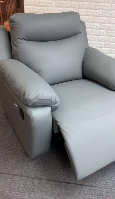凡購買梳化及床褥均可獲55折優惠(圖片來源:西德寶富麗(遠東)有限公司)