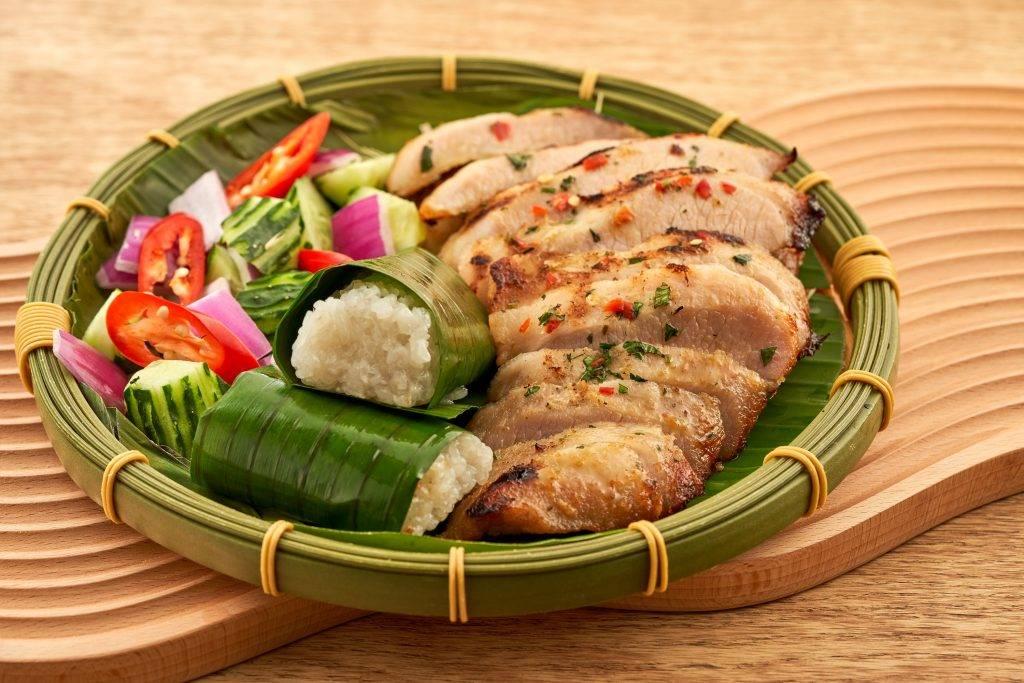 燒豬頸肉配糯米飯(圖片來源:官方圖片)