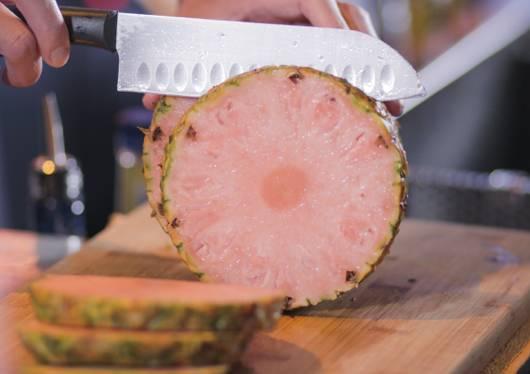 粉紅果肉非常吸引(圖片來源:惠康)