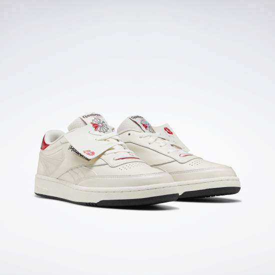 V-DAY CLUB C REVENGE MU 運動鞋 現價9 原價9(圖片來源:Reebok)
