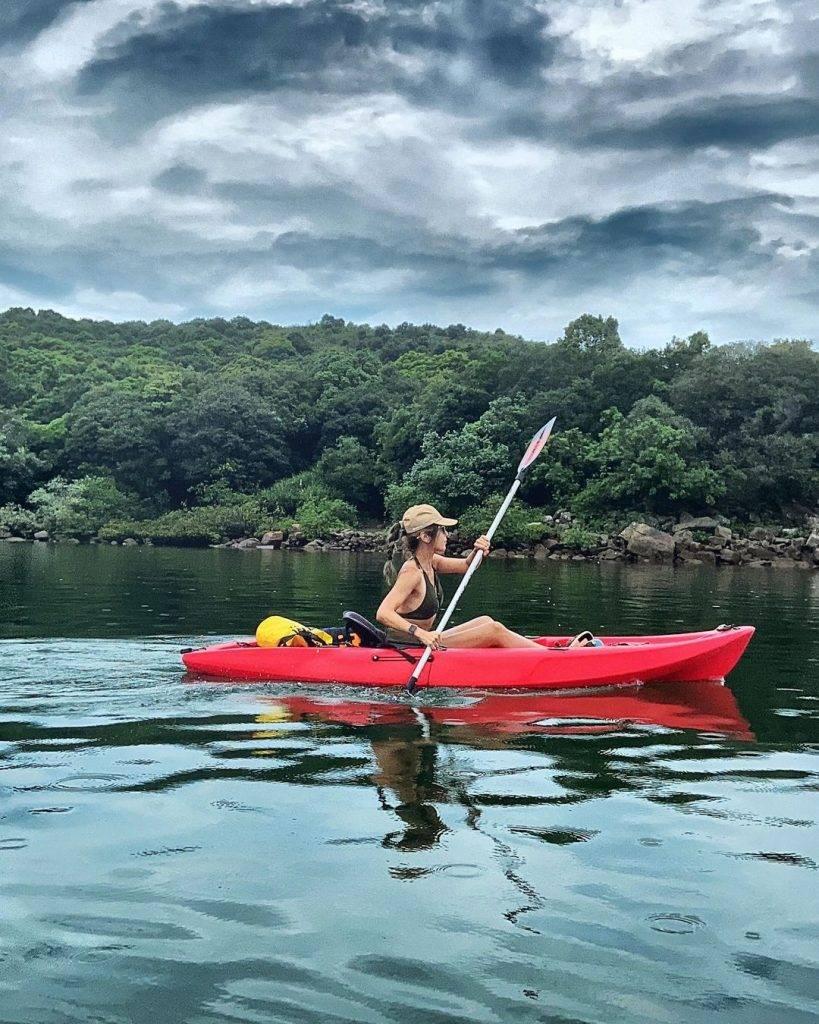 獨木舟是海下灣常見的水上活動。(圖片來源:IG@yama_hker)