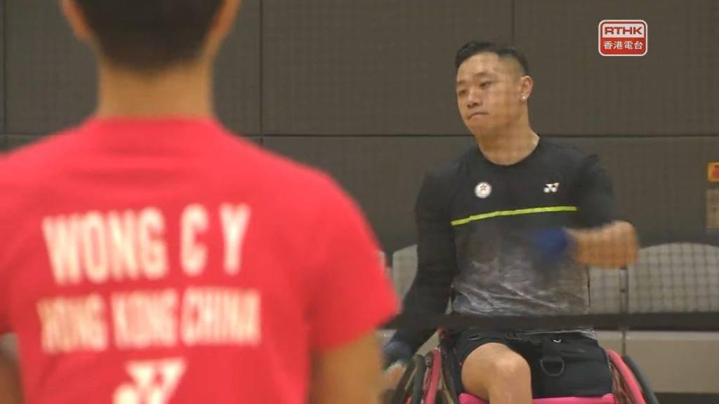 因為全香港只有他一個輪椅羽毛球運動員,沒有對手練習,也沒有人可以與他分享經驗,一切都要靠自己摸索,相當不容易。(圖片來源:)