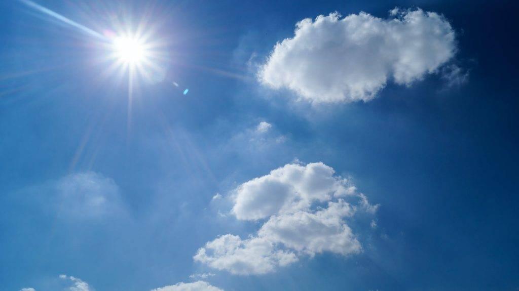 汗斑問題於夏天頻發,汗斑出現時使人痕癢難耐。(圖片來源:Pexels)