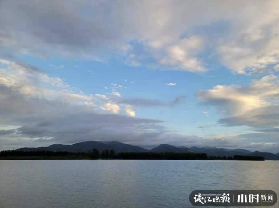該豪宅可以看到杭州著名景點富春江,步行距離大概只需5分鐘。(圖片來源:《錢江晚報》截圖)