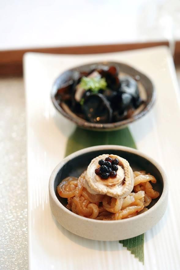 中秋晚市菜單:冰鎮鮑魚拼海蜇、陳醋秋耳(圖片來源:官方圖片)