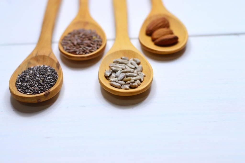 其實只要適量進食健康的脂肪,從均衡飲食中補充維他命E及其他抗氧化營養,都可以抵抗皮膚衰老同減少皺紋形成。(圖片來源:Pexels)