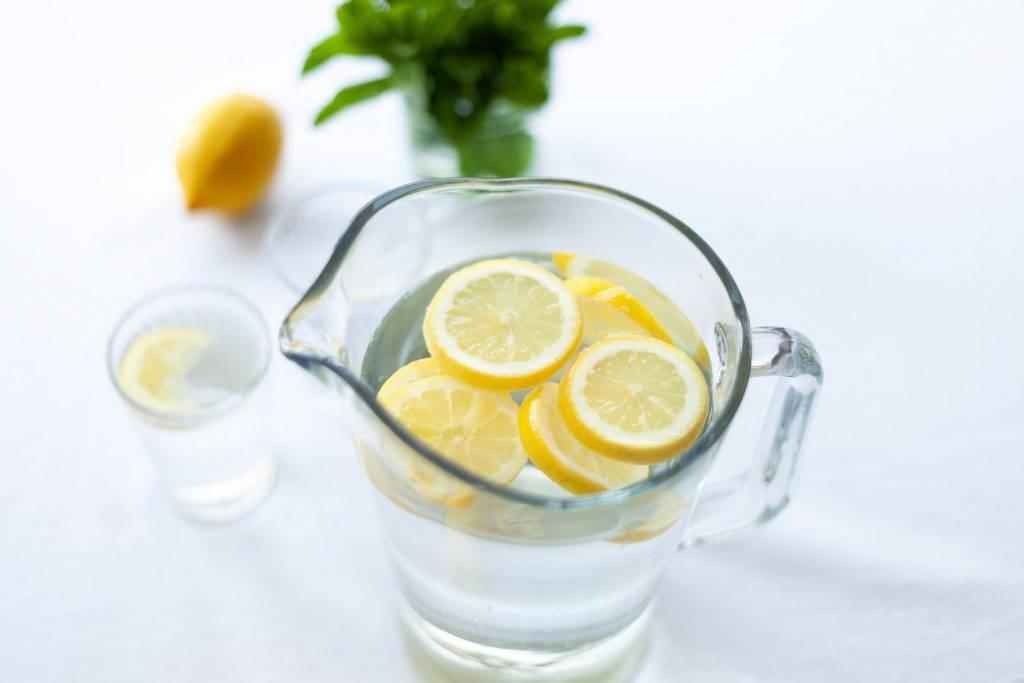 每天建議喝用2公升的清水(圖片來源:相關機構)